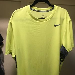 Men's Nike dryfit shirt